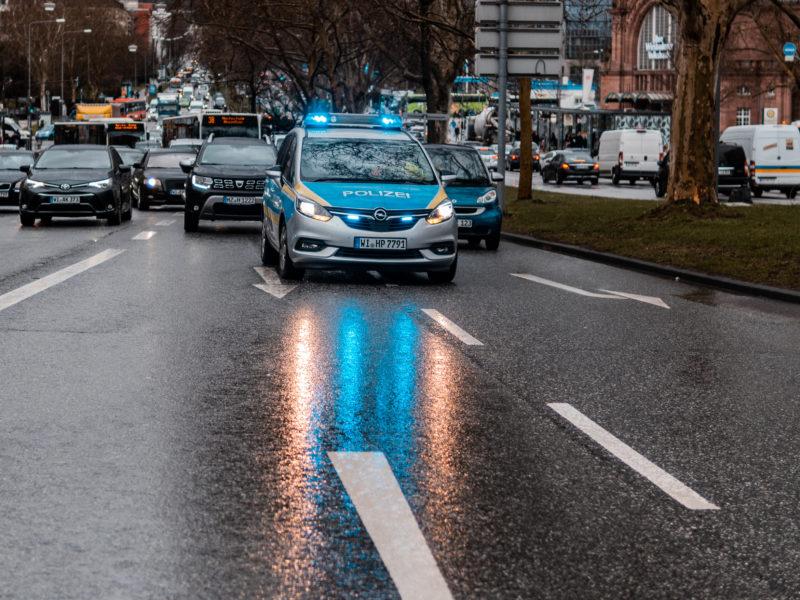 Polizei NRW: Raser auf der Grothusstraße gestoppt
